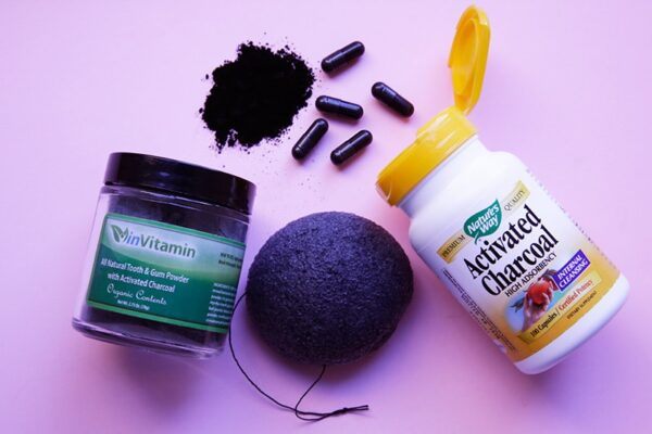 3 Best Charcoal Pills Supplement for Gas & Bloating that Work